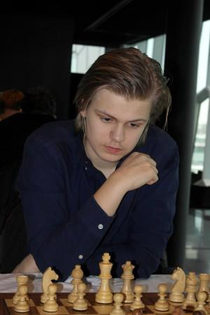Lars Oskar viste nok en gang at han er kapabel til å slå stormestre. Foto: Fiona Steil-Antoni, www.reykjavikopen.com