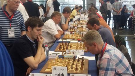 Alexander Grischuk på 1.bord for det russiske laget Malakhite. Foto: Tarjei J. Svensen