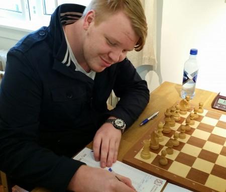 Jo Kristian Løberg koser seg på lavgir i pinsecupen.