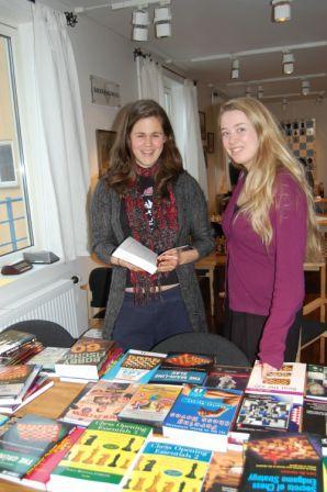 Lesehestene Ellen og Julia