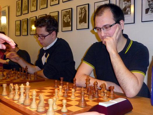 Daniel Kovachev tapte for Jon Ludvig Hammer, men vant resten og snek seg foran stormesteren på kvalitet. Foto: Tarjei J. Svensen