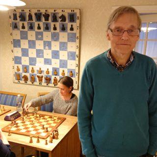 Aleks Semakoff lager sin egen sjakkopplevelse!