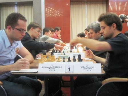 Economist Sarataov er alene i føringen etter 6 runder