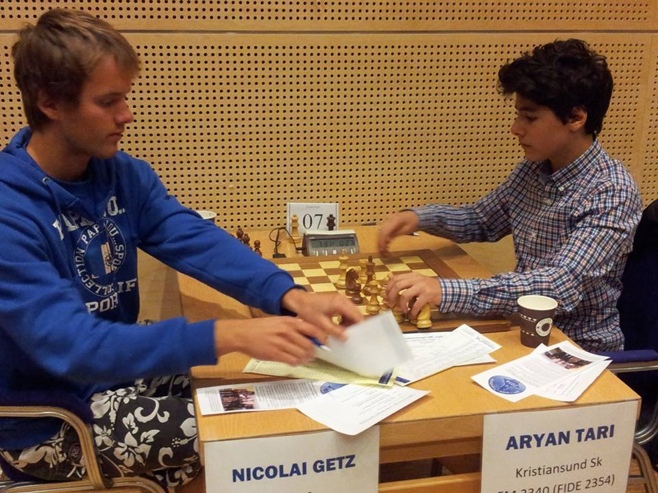 Photo taken seconds after Nicolai Getz resigned vs Aryan Tari in the 9th and last round in the Norwegian Championship, securing the final norm for Aryan. Photo: Tarjei J. Svensen