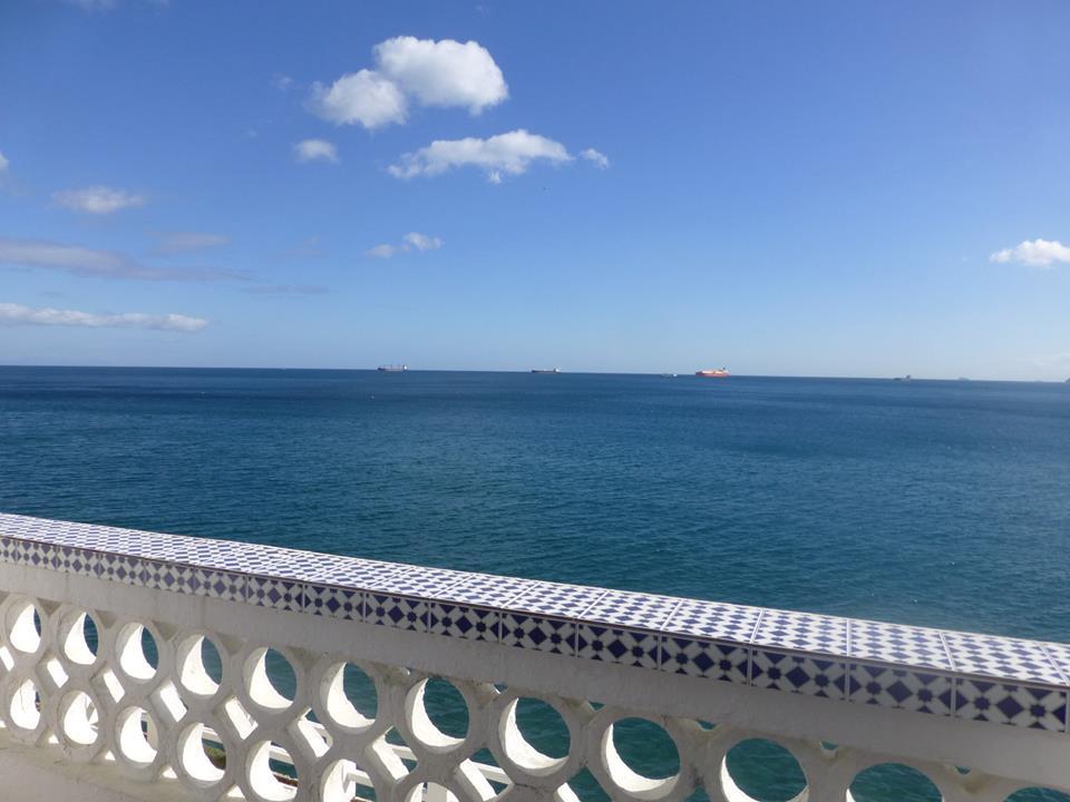 Utsikt fra spillerhotellet Caleta på Gibraltar. Foto: Yerazik Khachatourian