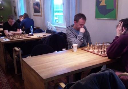 Tor Wetle Hoem og Anders Rundgren i Østlandsserien mot Akademisk 2 januar 2011