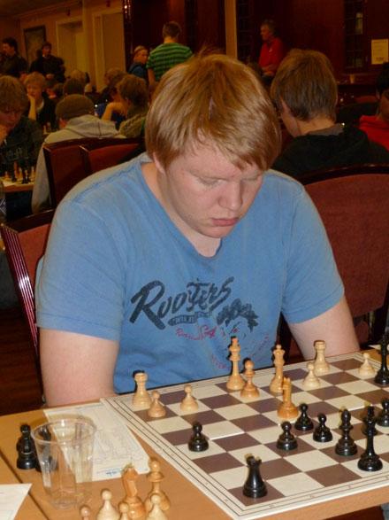 Jo Kristian Løberg kan nok bedre enn dette, men var brukbart fornøyd med 3,5 poeng og 12.plass i eldste klasse.