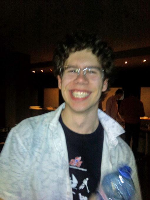 Så glad var Jon Ludvig Hammer etter seieren over Ivanchuk i Europacupen i 2010. Det samme smilet kan vi se for oss nå! Foto: Tarjei J. Svensen