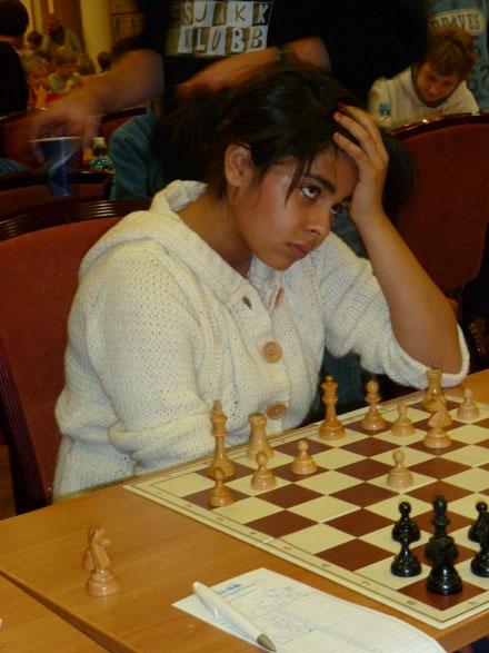 Kimiya Sajjadi er ivrig og har allerede skaffet seg en konto på ICC. Kimiya endte på 19.plass med 3,5 poeng i gruppe D (12 år)