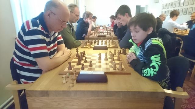 Ung og gammel i match